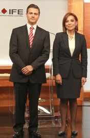 Enrique peña Nieto y Josefina Vázquez Mota en el primer debate