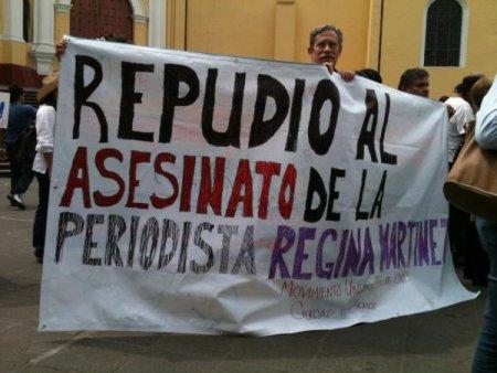 Manifestantes repudiaron el asesinato de Regina Martínez