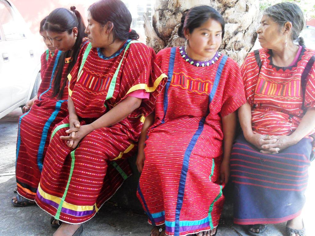 Mujeres Ind Genas Triquis De Copala Foto La Voz Anah C